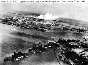 torpedo planes attacking battleship row - h50931